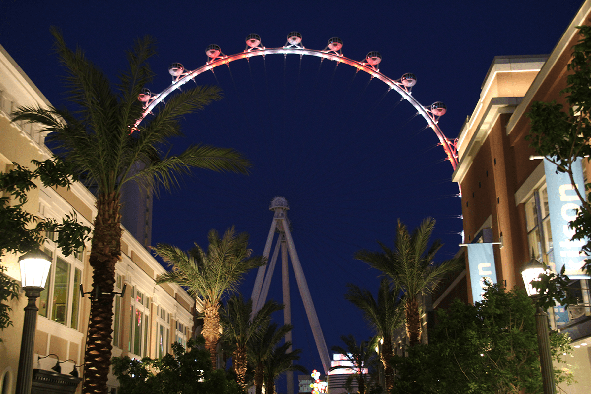Las Vegas High Roller Wheel - The tallest of all Observation wheels in the USA!