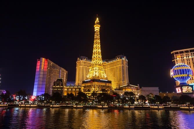 Eiffel Tower , Las Vegas