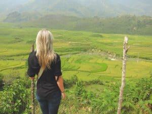 Blonde-in-Southeast-Asia-2-1024x768