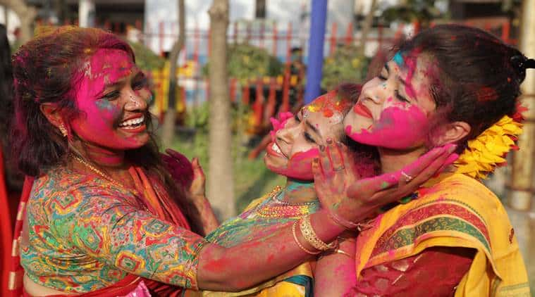 Do's and Don'ts India Holi Festival of colors