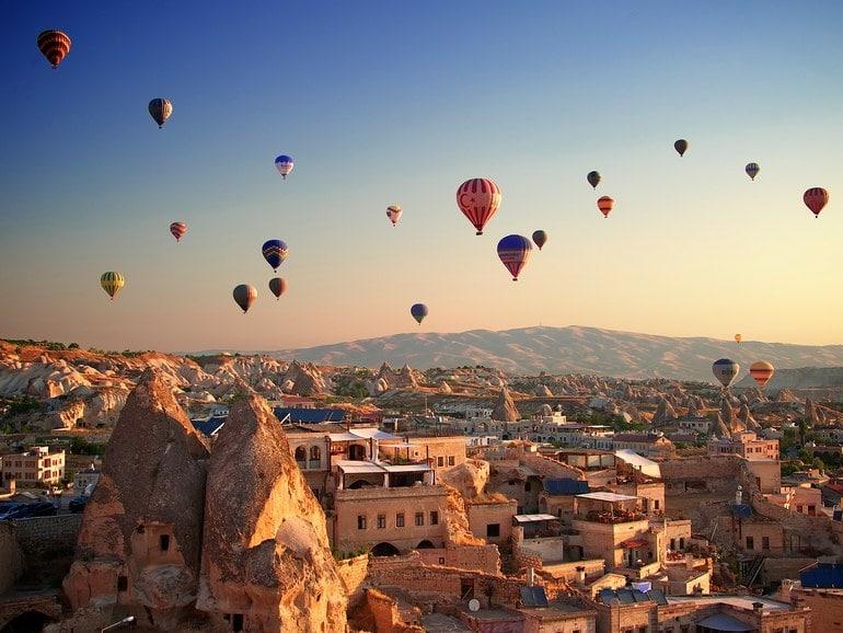 Kite Balloon Rides