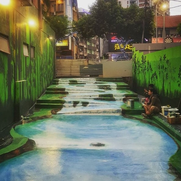 Changtat river, malaysia street art
