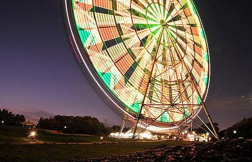 Diamond and Flowers Ferris Wheel