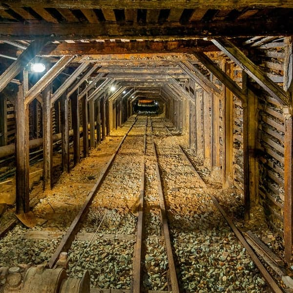Empire-Mine-Shaft