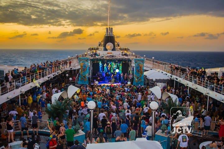 Jam-Cruises-unique-festivals