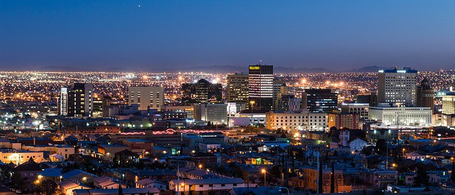 El Paso Night - Road Trip with Public Transport USA