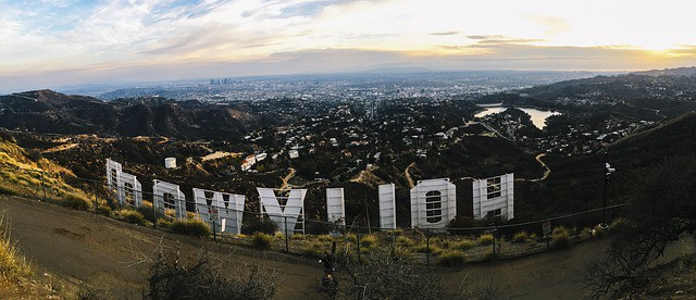 Hollywood Sign Road Trip with Bus/Train USA