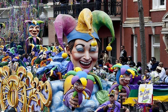 Mardi Gras New Orleans - Road trip with Bus USA