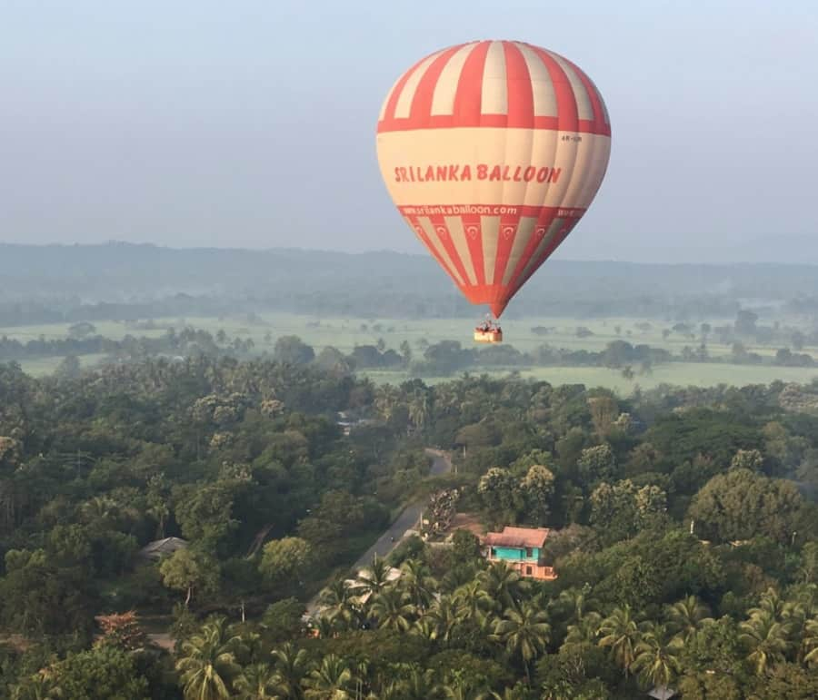 Lanka-Hot-Air-Balloon-Tour-Dambulla-ride