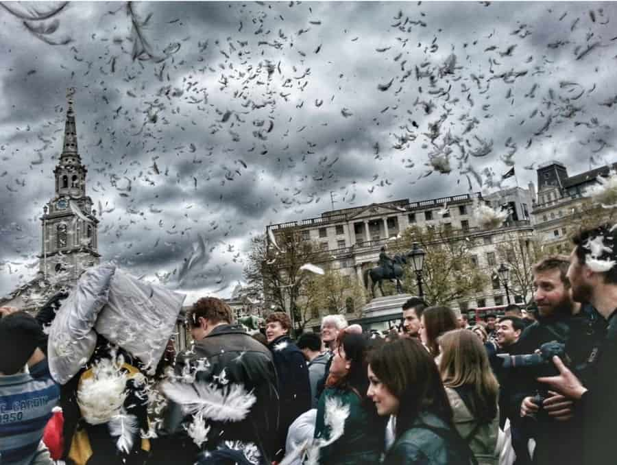 London-Pillow-Fight-annual