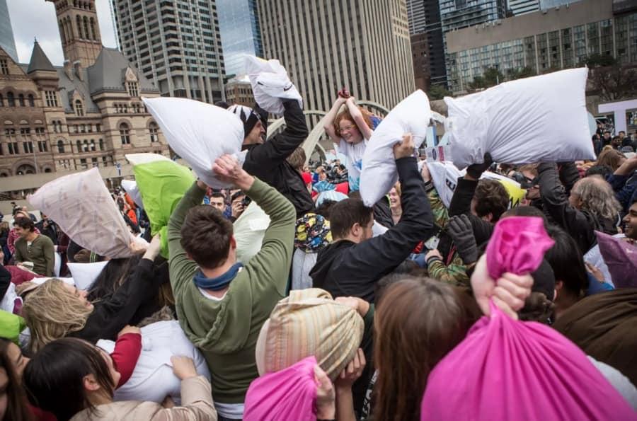 Toronto-Pillow-Fight-Best