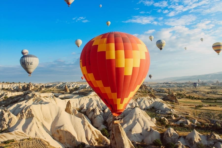 hot-air-balloon-tours-sri-lanka-Rides