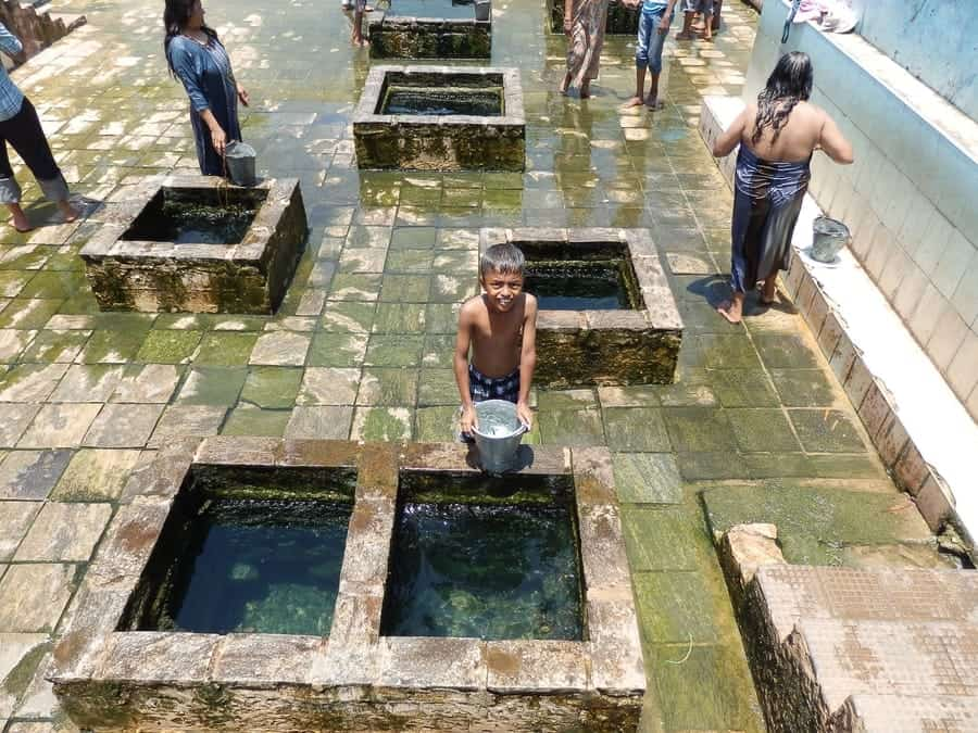 Kanniya Hot Springs - Trincomalee