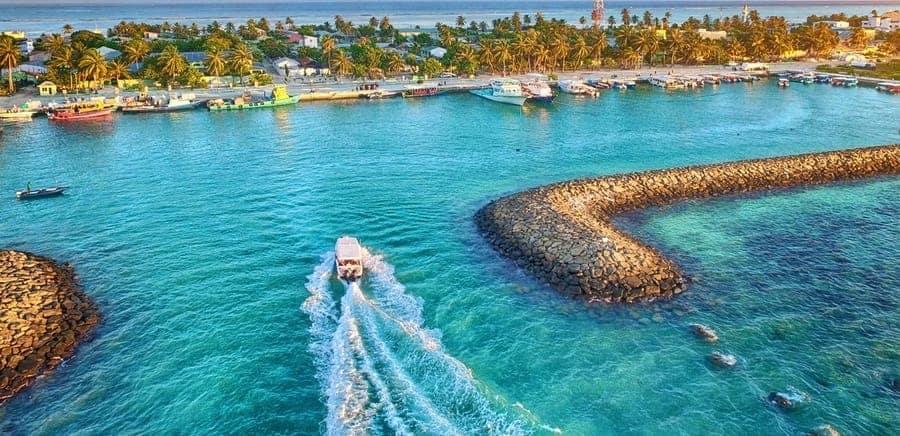 Maafushi island day trip maldives-7day-itinerary
