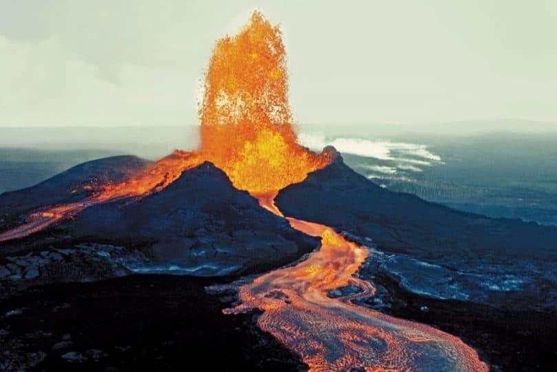 Mauna Loa-Volcano-Eruption-Worlds-Largest-Volcano