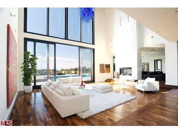 Rihannas Home Beverley Hills Janice Place 9152