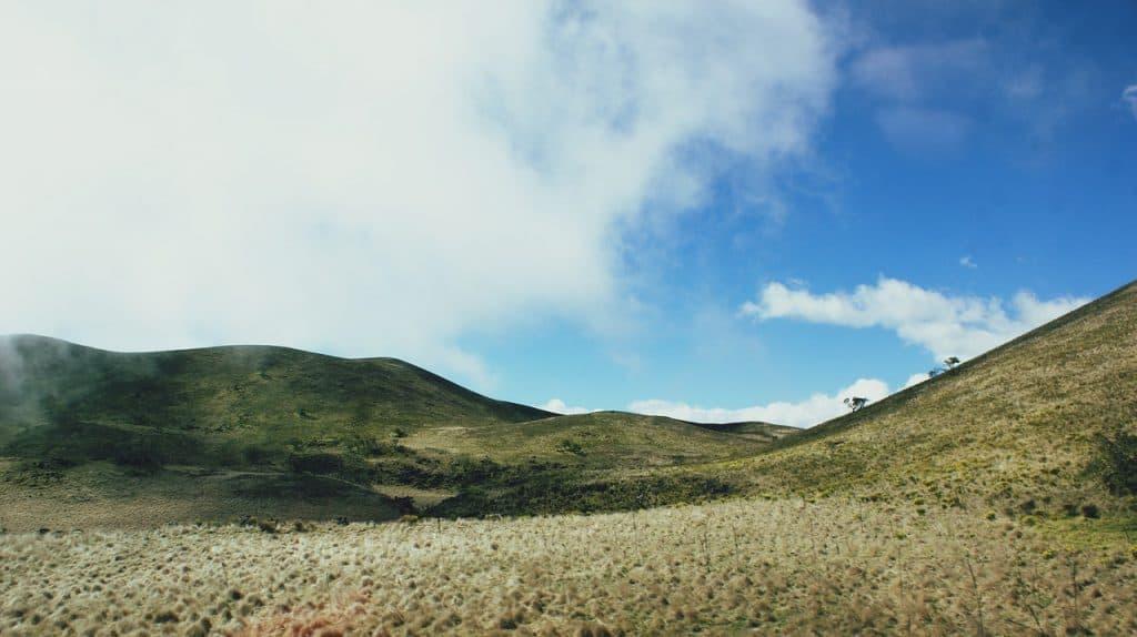 mauna-kea-volcano-hiking