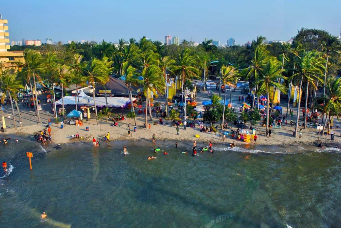 Ancol-beach-Jakarta
