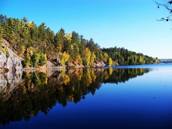 Bass Lake & Bass Lake TrailNorth Carolina