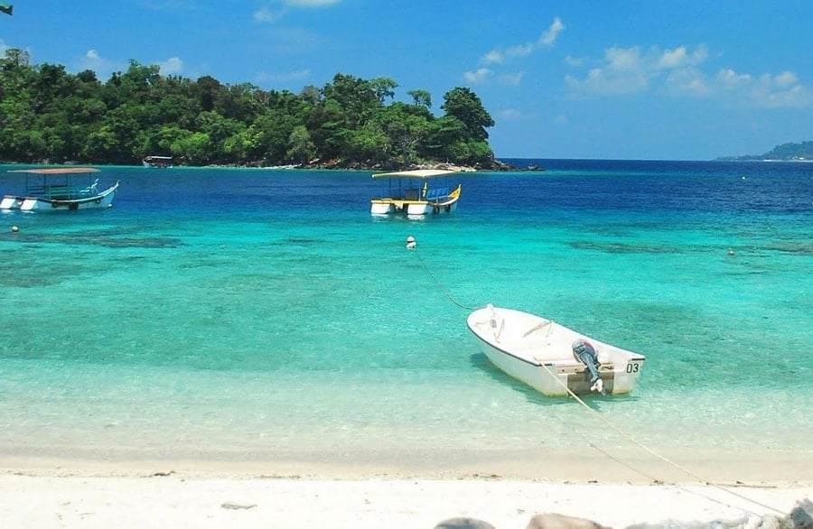 Weh Island Indoensias Virgin Paradise Town Tourist