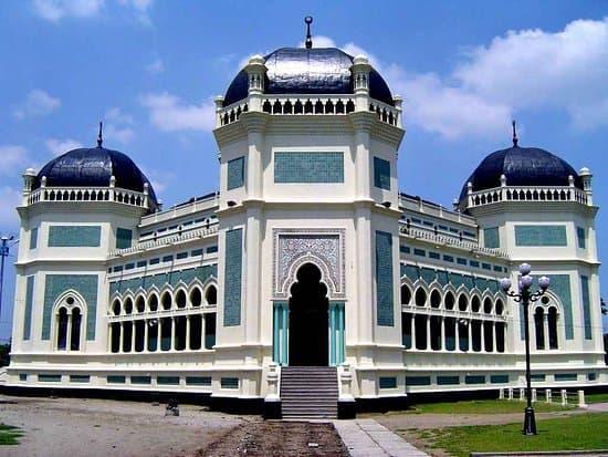 Mesjid Raya (Grand Mosque)