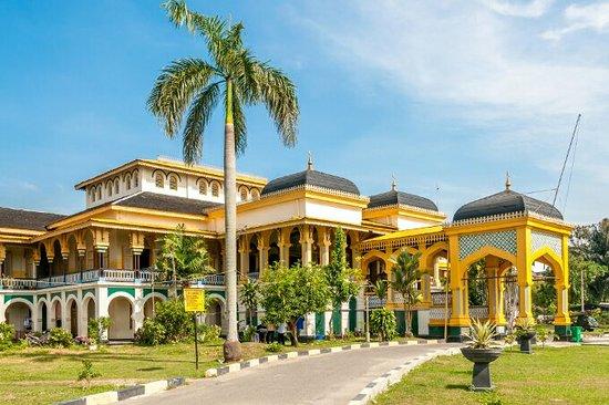 istana-maimun Palace-medan-Sumatra