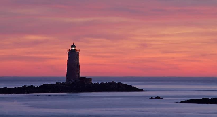 whaleback_light
