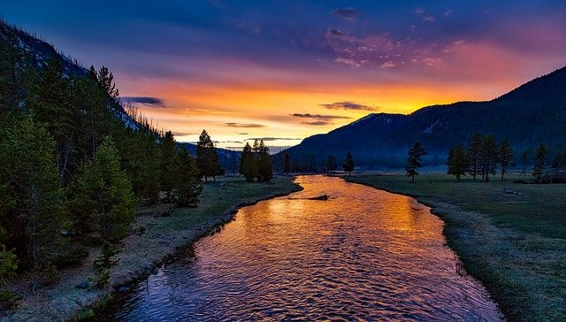 yellowstone national park sunset