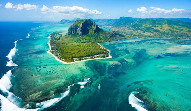 Mauritius Travel Budget Calculator