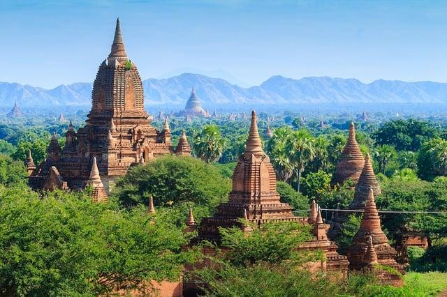 Myanmar Travel Budget Calculator