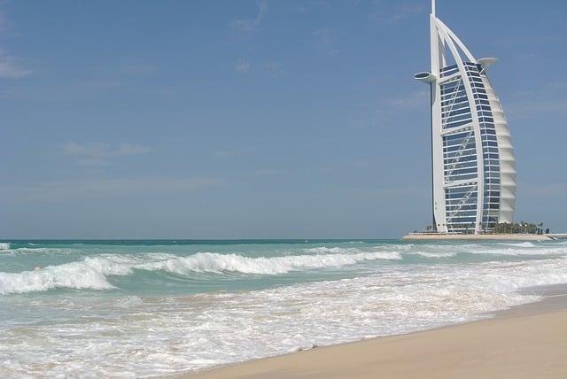 jumeirah beach dubai views of Burj Al Arab