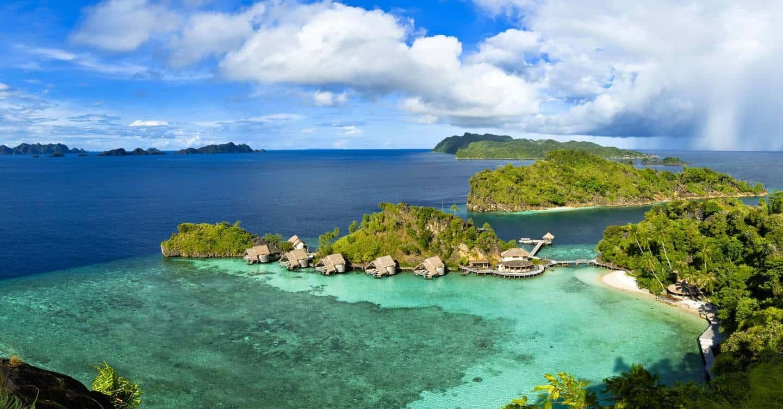 misool-eco-resort-raja-ampat-west-papua-indonesia-conde-nast-traveller-17aug15-Tobias-Zimmer
