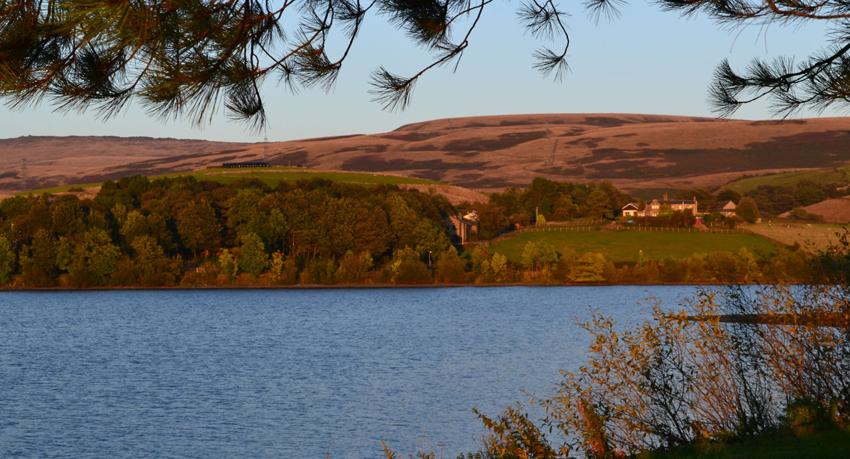 hollingworth-lake