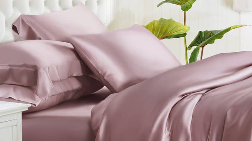 Complete guide on silk bedding and its use